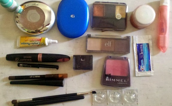 what's in your make up bag
