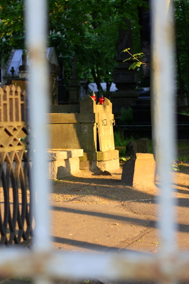 polish cemetery gate