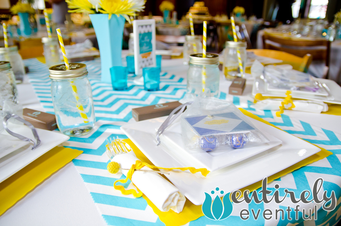 Five simple ways to throw a great party for Simple party decorations at home