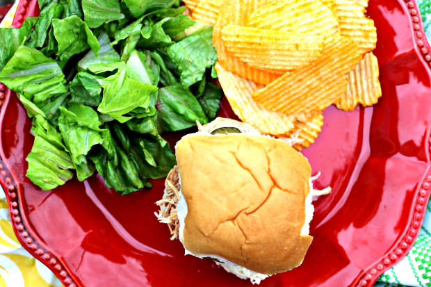 Summer Dinner: BBQ Chicken Sliders With Cheese
